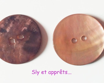 5 beads 22mm pale pink pearl buttons
