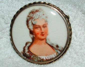 Sale Antique Sterling Silver  MADAME MARIE ANTOINETTE  Cameo Hand Pained Porcelain Limoges Brooch. Only 44.90.    Pendant Converter Avail.