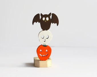 Halloween Candle Holder - Wooden Animal Totem - Owl Candle - Spooky Halloween Decor