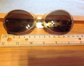 Vintage unmarked  German made retro sunglasses