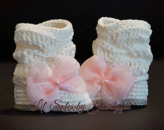 Crochet Baby Boots, Crochet Baby Shoes, Off White Baby shoes, Baby Girl Boots, Baby Boots, 0-3 Months, Baby Girl Gift, Baby Girl Shoes