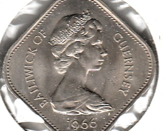 1966 Guernsey 10 Shillings Coin