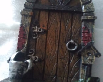 Micro Miniature Fairy Door with Watering Can