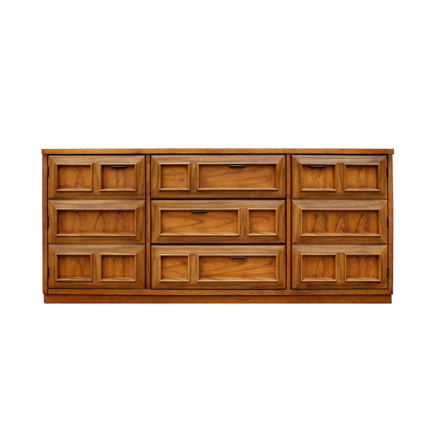 Bassett Mid Century Modern Geometric Credenza Cabinet