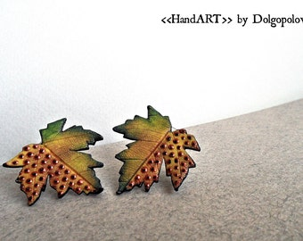 Maple leaves stud earrings - autumn jewelry - polymer clay earrings - exotic leaves - green maple leaf - mothers day gift - halloween gift