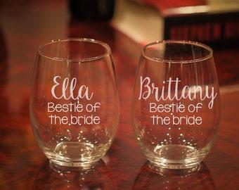 Bestie of the Bride Wine Glass, Bestie Wine Glass, Best Friend Wine Glass, Wedding Wine Glasses, Etched Wine Glass, Best Friend Gift, Bestie