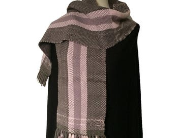 Organic merino wool scarf, handwoven scarf with tassles, soft and thick, gifts for her