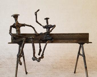 CONVERSATION - Scrap metal Art - Sculpture welded by the Atilleul