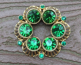 Vintage Jewelry Lucky Green St. Patrick's Day Mod Pin Brooch