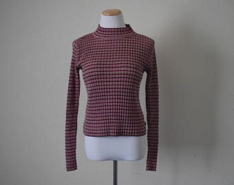 FREE usa SHIPPING Vintage Levis ladies pullover sweatert/ light weight/ vibrant colors/ mock neck/ cotton/ size M