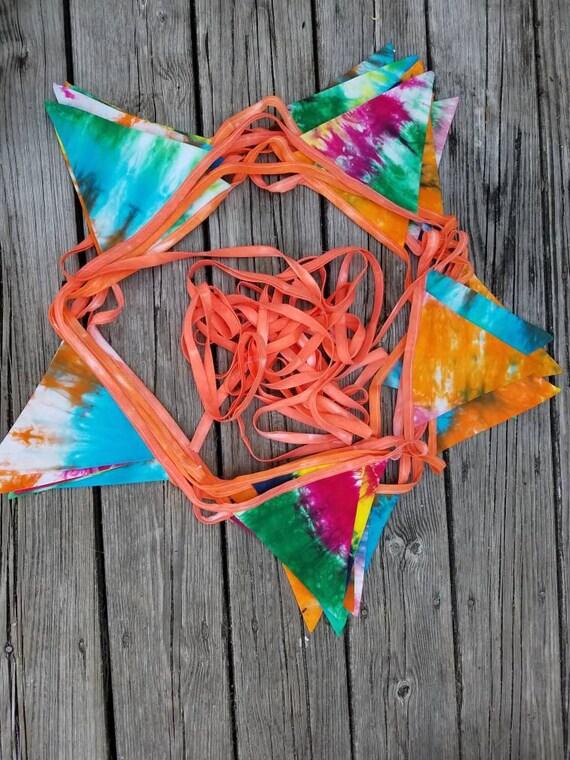 Tie Dye Pennant Banner, Tie Dye Flag Banner, Tie Dye Garland, Tie Dye Decoration, Tie Dye Photo Prop, Tie Dye Bunting, Fabric Banner