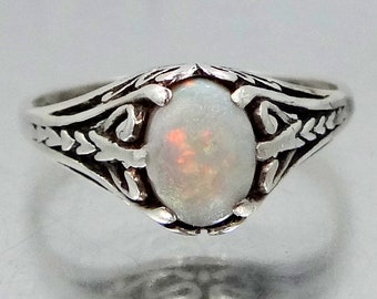 Art Deco Filigree Sterling Silver & Opal Ring