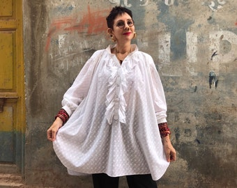 White broderie anglaise shirt from pure cotton. Romantic boho chic!