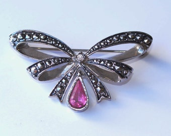 Marcasite Bow Brooch,  Pink  Rhinestone Bow Pin, Vintage Avon Pink Rhinestone Brooch
