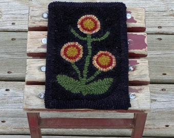 Primitive Hand-hooked Spring Mat - Spring Rug Hooking Tile with Flowers (Free Shipping in USA)