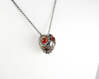 crazy owl necklace black & white