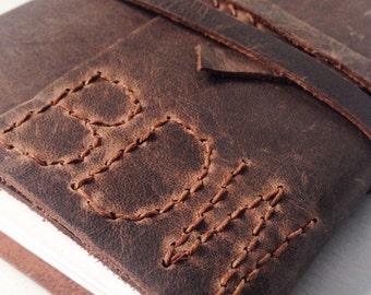 Groomsmen gift, Custom sketchbook, notebook, travelers notebook, leather bound notebook, A6 brown leather travel gift, personalised monogram