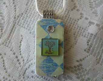 Embellished Family Tree Domino Necklace Sea Green
