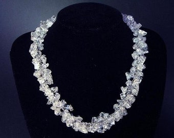 Necklace Clear WHite Quartz Chip Beads Chained Dangle NSQW1500