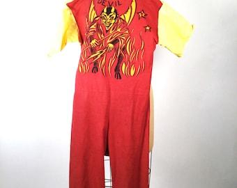 Vintage 60s, 1960s Halloween, Devil Costume, Vintage Halloween Costume, Vintage Halloween Decor, Halloween Decorations, Vintage Devil