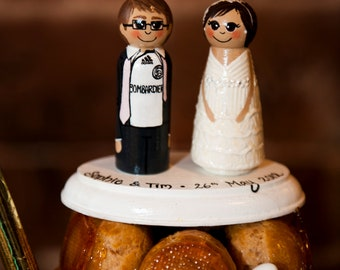 Wedding Cake Topper / Custom Painted Wood Peg Dolls/ Couple with Plaque
