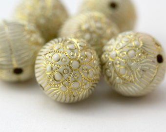 Carved Etched Round White Gold Acrylic Beads 18mm (6)