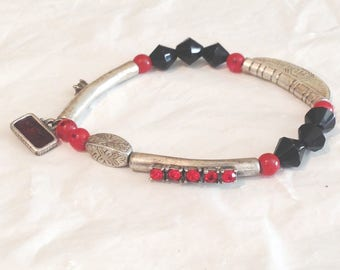 Vintage Chinese Imagine Bracelet with beads, faux rhinestones and silver tone