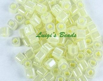 15g Ceylon Banana Cream #142-TOHO Japanese Cube Beads 4mm