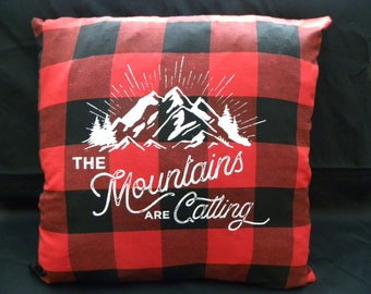 17 X 17 Buffalo Plaid pillow cover, The Mountains are Calling