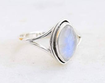 Rainbow moonstone ring, 92.5% sterling silver ring, silver moonstone ring,gemstone ring,sterling silver ring,rainbow moonstone