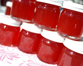 Jam party favors, 100 Little Bit of Heaven 1.5oz jars of strawberry pineapple jam wedding favors, homemade jam favor