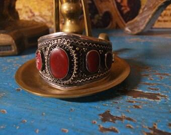 Vintage Carnelian Decorated Cuff