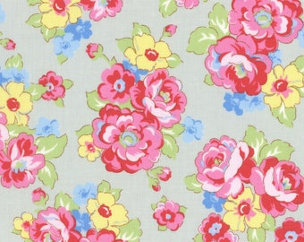 Retro 30's Child Smile Fall 2016 Collection Cotton Fabric by Lecien 31444-90  Floral on Light Gray