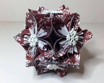 Small Kusudama Flower Ball Ornament (Snowflakes V13)