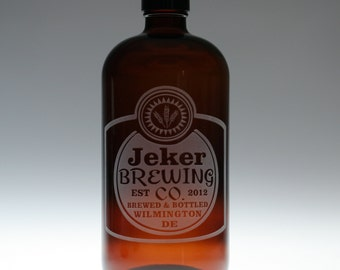 Fathers gift 32oz growler  with Classy label design base. fathers day gift,custom pint,engraved pint, custom Beer Glass