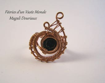 Ring mandolin wire wrapping copper wire and Crystal Svarosky size 52 cabochon