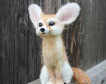 Fennec Fox. Needle Felted Animal. Fennec sculpture.Ready to ship.