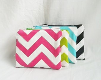 Set of 4 - Embroidered Makeup bag - Personalized Chevron Pouch - Bridesmaid clutches - Cosmetic Bag - Monogrammed Bag - Small