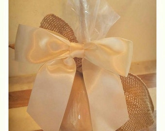 Chic Ivory and burlap Candy Apple's