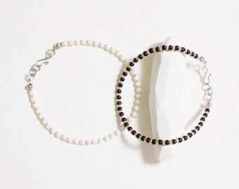 black / white seed beads bracelet. anklet - layering - anklet - silver color - simple - dainty - minimalist jewelry - delicate