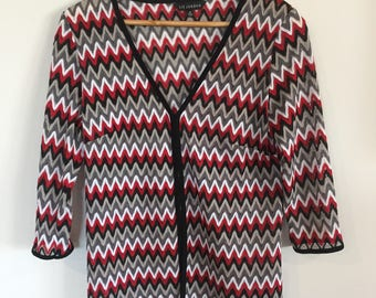 Red/grey/black/white lightweight jacket. ZIGZAG print. FESTIVAL wear. S-M.
