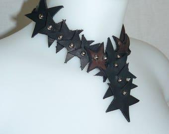 Collier en cuir étoiles pendentif
