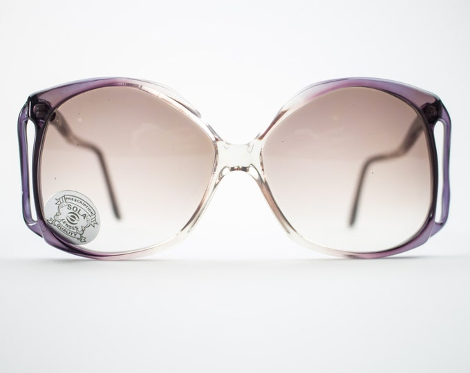 Vintage 1970s Sunglasses | Oversized 70s Sunglasses | Purple and Grey Gradient Lenses | Vintage Deadstock Sunglasses - Dakota Grey