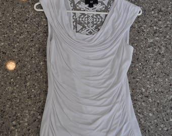 Women's Medium Shirt, Women's White Shirt, Women's White Top, Gift for Her, Women's Clothing, Thrift Clothing, Thrift Shop Women's White Top