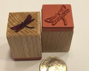 small / tiny Dragenfly rubber stamp, 17 mm (BB4/2)