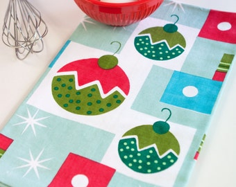 Retro Inspired Large Holiday Cotton Tea Towel - Balls of Jolly