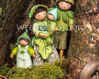 4 card set - A Family Outing - Wee Folk