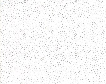 Catnip Circle Time in White and Grey,  Gingiber, 100% Cotton, Moda Fabrics, 48236 21