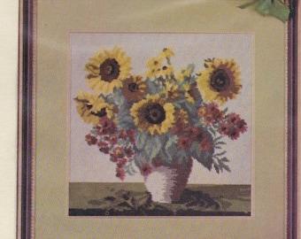Helen Burgess Counted Thread Design. Sunflowers Pattern. HB4029.