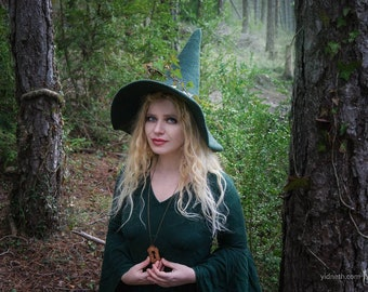Forest Witch hat wizard magic hat- green wool Felt tall pointed hat